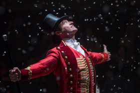 DF-25877_r - Hugh Jackman stars as P.T. Barnum in Twentieth Century Fox's THE GREATEST SHOWMAN. Photo Credit: Niko Tavernise.